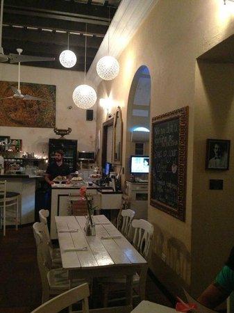 St Germain Bistro & Cafe : dinning room