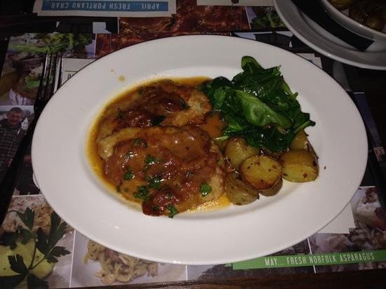 Spaghetti House Sicilian Avenue: a filling meal? escalope, and 5 tiny potatoes