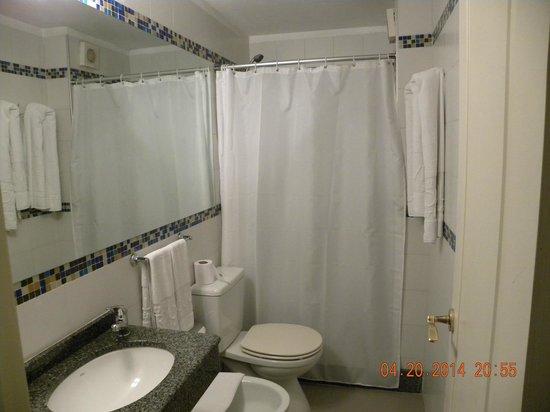Punta Trouville Hotel: Banheiro