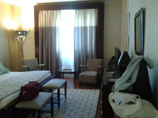 Britania Hotel: Tasteful decorations in room