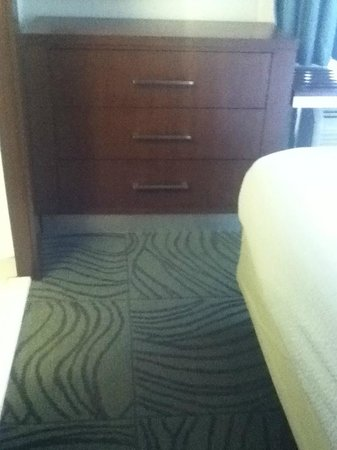 SpringHill Suites Alexandria Old Town/Southwest: Dresser