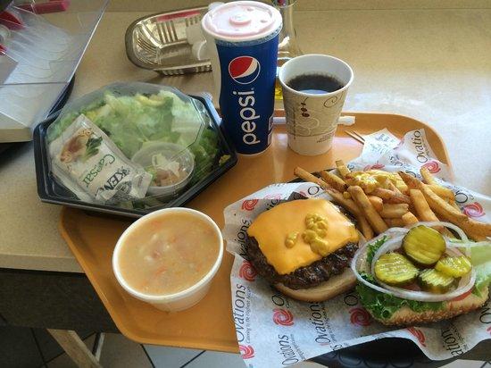 Cheeseburger at the Lakeside Cafe (Jungle Island)