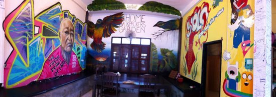 Backpackers Garden: Lobby
