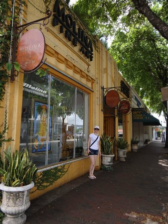 Little Havana: constuções bonitinhas