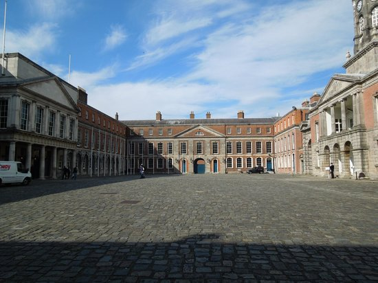 Dublin Castle: Courtyard
