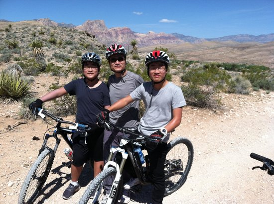 McGhie's Guided Bicycle and Hiking Tours: Chris, Andrew, Nick