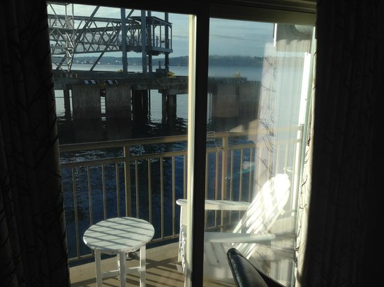 The Edgewater, A Noble House Hotel: Our little deck