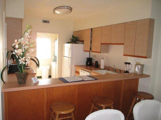 Sea Ranch Resort: Kitchen