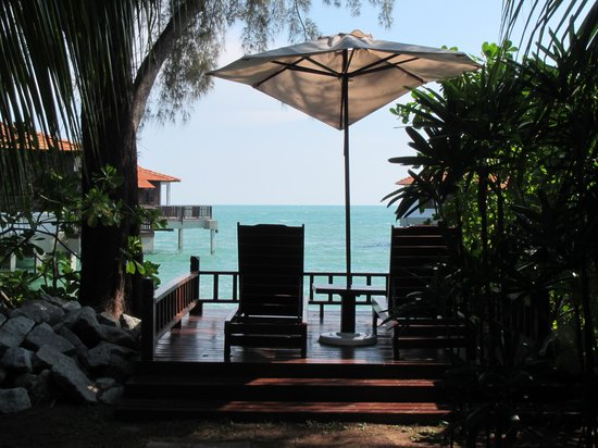Avillion Port Dickson: View from grounds