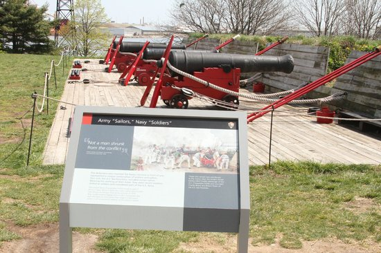 Fort McHenry National Monument: Guarding the bay