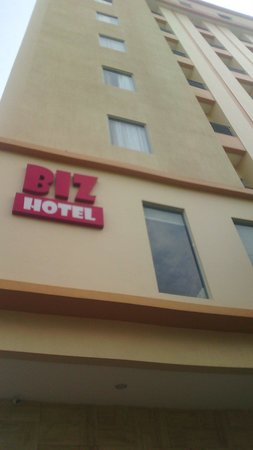 Biz Hotel: the hotel is good for families and businesses ....