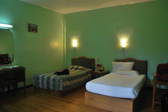 Thante Hotel Nyaung Oo : bedroom