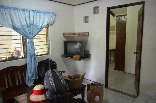 Alonaland Resort: Living room of House 13 (Alonaland)