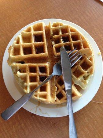 The Coho Oceanfront Lodge : breakfast