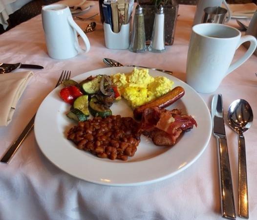 Hotel Bonaventure Montreal : Breakfast buffet...yumm!