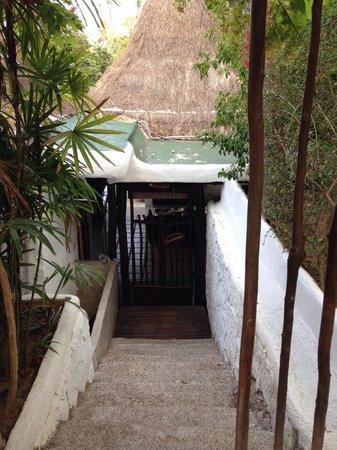Anankhira Villas: Eingang zur Miltonia Villa