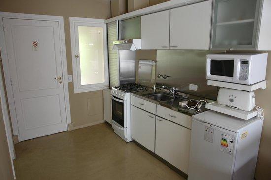 Los Ponchos Apart Boutique: Full service kitchen