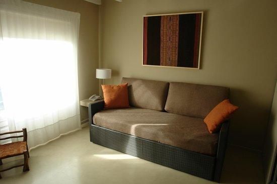 Los Ponchos Apart Boutique: Convertible Sofa bed