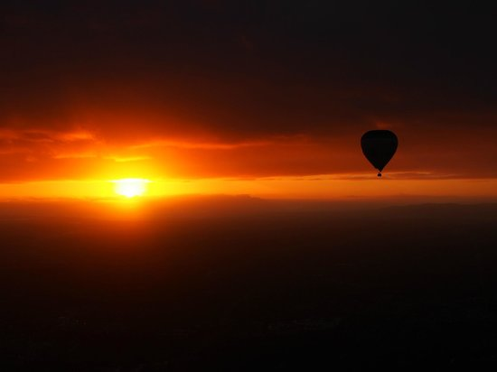 Global Ballooning - Melbourne and Yarra Valley: Perfect Morning Flight over Melbourne