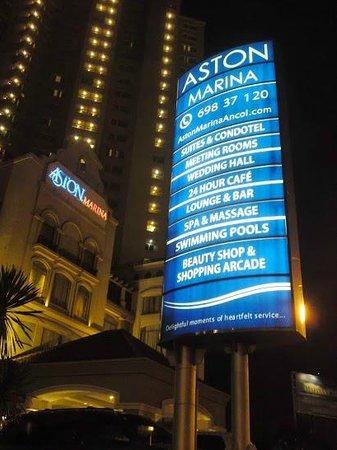 Aston Marina Hotel & Residence: Foto Aston Marina dari depan