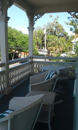 The Addison on Amelia Island: Front porch room 3
