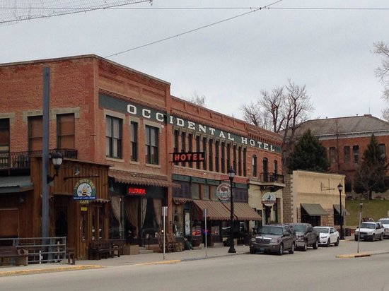 The Historic Occidental Hotel & Saloon and The Virginian Restaurant: Occidental outside