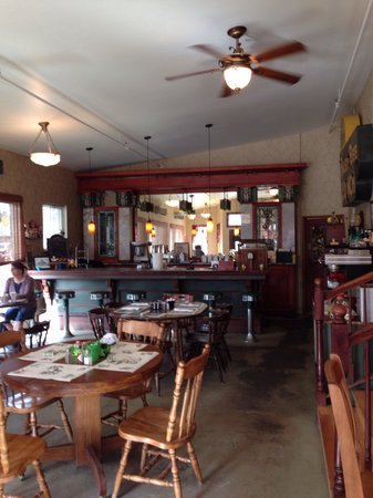 The Historic Occidental Hotel & Saloon and The Virginian Restaurant : Busy Bee restaurant