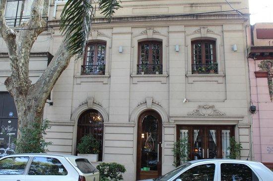 Miravida Soho Hotel & Wine Bar: Hotel Front
