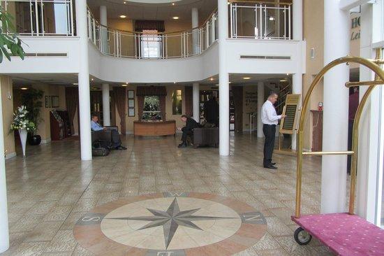 Arden Hotel & Leisure Club: Reception Area