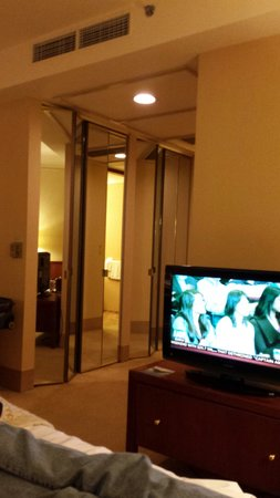 The Standard Club: TV next to bed & pivots to see easily from each seat in room. Closets w/nice mirrors. No robes w
