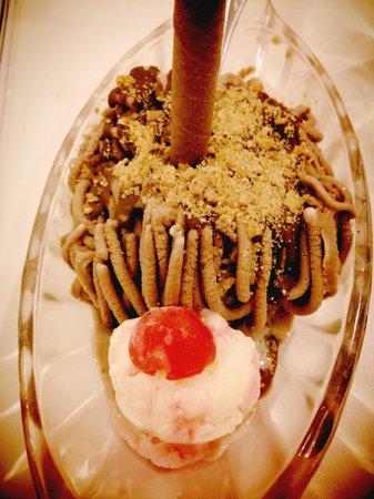 Zangrandi Ice Cream : spaghetti <3