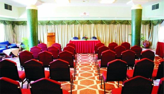 Hotel Mandovi: Senado