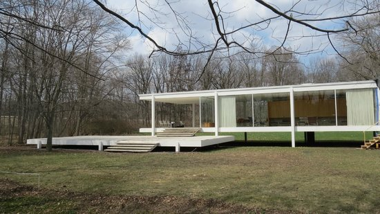 Farnsworth House from the south looking north/northwest