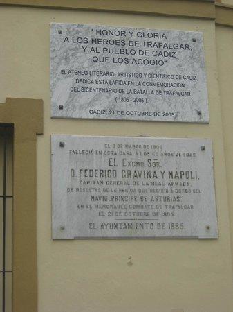 Catedral de Cádiz: Trafalgar memorials