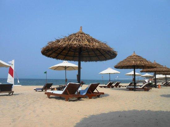Victoria Hoi An Beach Resort & Spa: plage