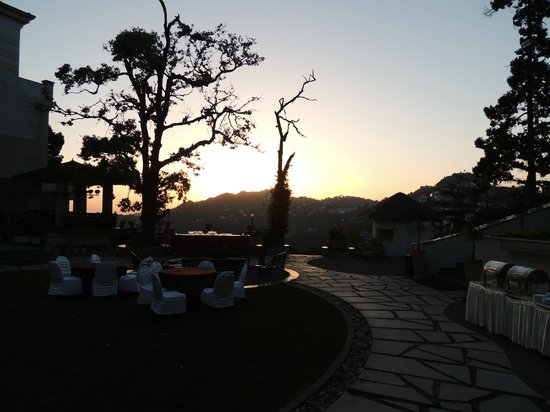 Royal Orchid Fort Resort, Mussoorie: Nice place