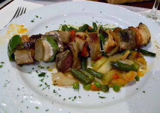 Meson Restaurante La Fresquera : Blandet grillspyd