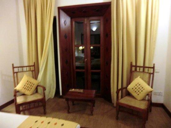 Amaya Hills: 室内