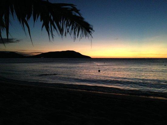 Blue Lagoon Beach Resort: Sunset