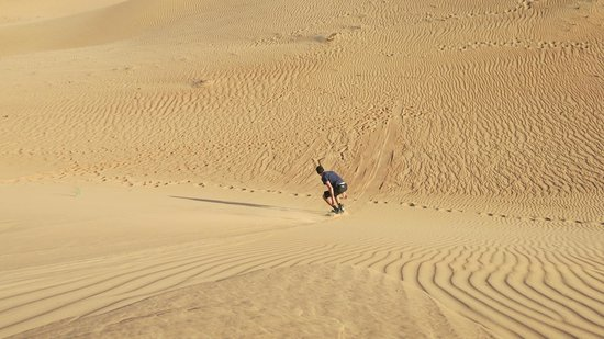 Delta Adventures: Sandboarding bottom