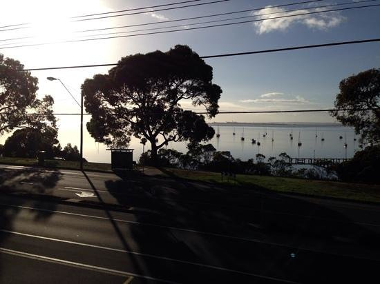 Quality Hotel Bayside Geelong: morning view from brekkie