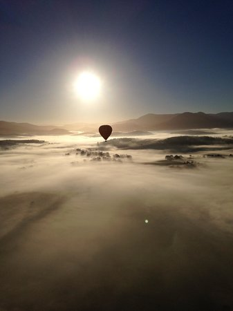 Global Ballooning - Melbourne and Yarra Valley : So peaceful