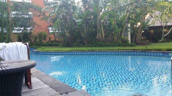 Melia Bali Indonesia : lagoon access