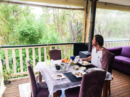 Natures Paradise: Breakfast