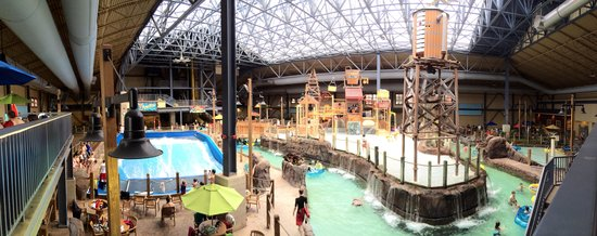 Silver Mountain Water Park >> View From Above Picture Of Silver Rapids Indoor Waterpark Kellogg