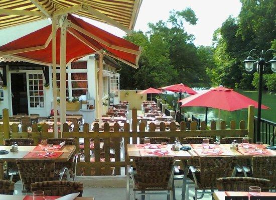 Restaurant Rue Des  Roues Poitiers