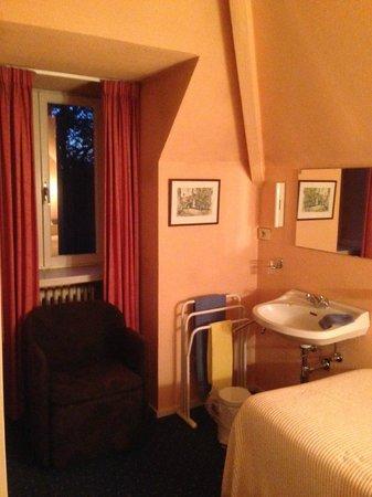 Hostellerie Pannenhuis : Комната в трехместном номере
