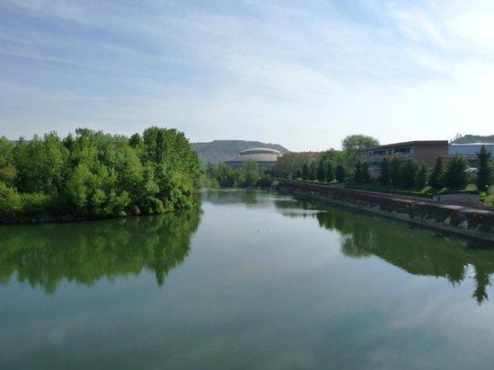 F&G Logrono: Vista del rio desde el Puente de Piedra