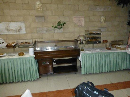 Athens Atrium Hotel & Suites: dinning room