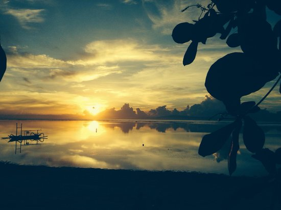Peneeda View Beach Hotel: Sunrise from Peneeda View <3